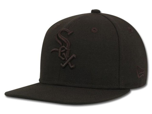 Chicago White Sox New Era MLB Black on Black Fashion 59FIFTY Hats