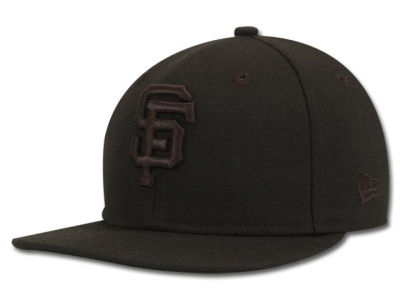 San Francisco Giants MLB Black on Black Fashion 59FIFTY Hats