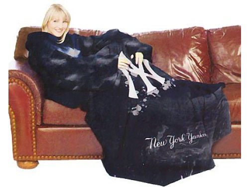 New York Yankees Comfy Throw Blanket