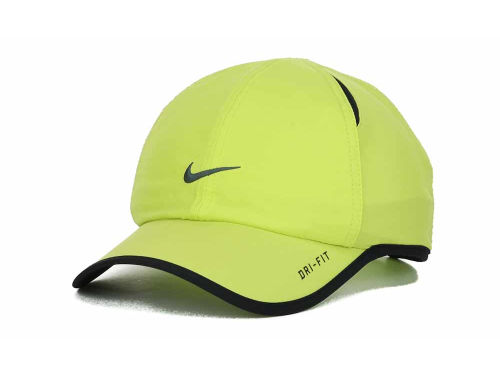 Nike Featherlight Cap Hats