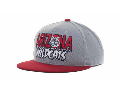Arizona Wildcats Top of the World NCAA Quake Snapback Cap Hats