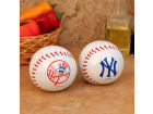 New York Yankees Boelter Brands Baseball Salt & Pepper Shakers Kitchen & Bar