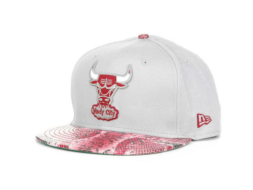 Chicago Bulls New Era NBA Hardwood Classics Snake Thru 9FIFTY Strapback Hats