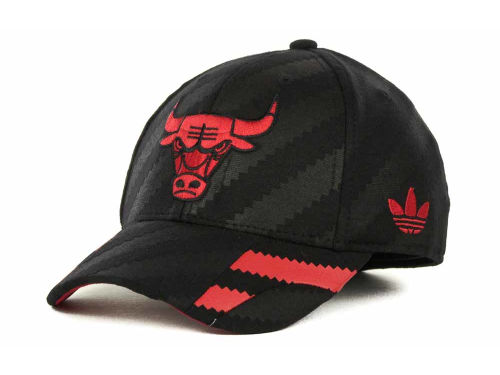 Chicago Bulls adidas NBA Groove Flex Cap Hats