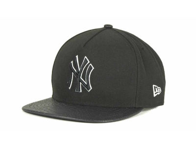 New York Yankees MLB Snake A-Thru Strapback 9FIFTY Cap Hats