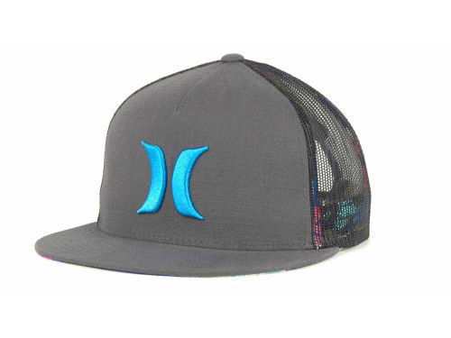 Hurley Vacation Trucker Snapback Cap Hats
