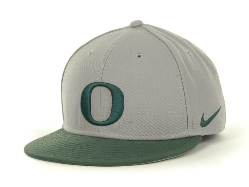 Oregon Ducks NCAA Nike Team Sports Authentic Fitted Baseball Cap Hats