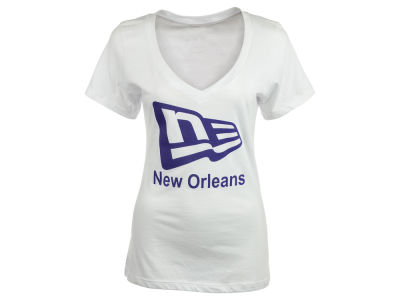 New Era Branded Womens V-Neck New Orleans Flag T-Shirt