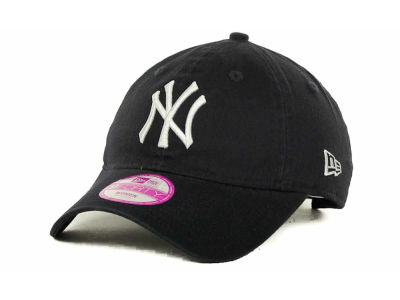 New York Yankees MLB Essential Womens 9FORTY Cap Hats