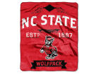 North Carolina State Wolfpack The Northwest Company 50x60in Plush Throw Team Spirit Bed & Bath