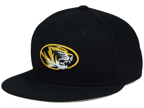 Missouri Tigers Nike NCAA Authentic Vapor Fitted Cap Hats