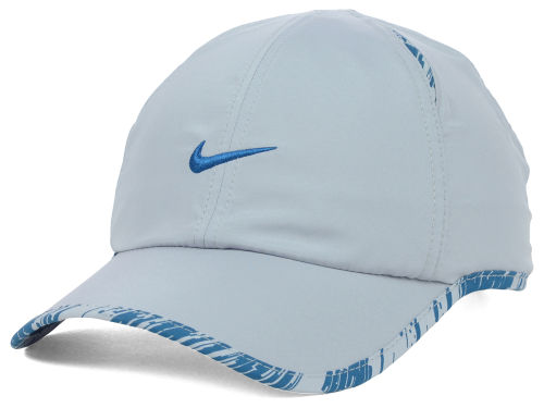 Nike Graphic Featherlight Cap Hats