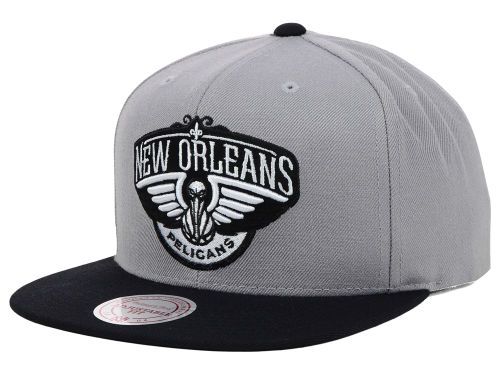 New Orleans Pelicans Mitchell and Ness NBA Team BW Snapback Hat Hats