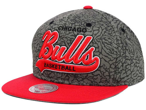 Chicago Bulls Mitchell and Ness NBA E-Print Tailsweep Snapback Cap Hats