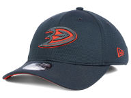 New Era NHL Tech Grafpop Classic 39THIRTY Cap Stretch Fitted Hats