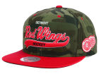 Detroit Red Wings Mitchell and Ness NHL Camo Tailsweep Snapback Hat Adjustable Hats