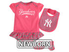 New York Yankees Majestic MLB Newborn Girls Bib & Booty Set Outfits